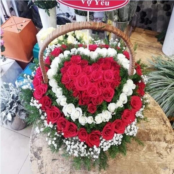 giỏ hoa đẹp 701