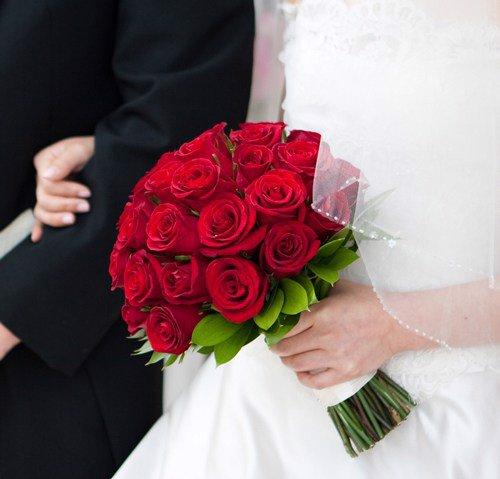 hoa cầm tay cô dâu giá rẻ