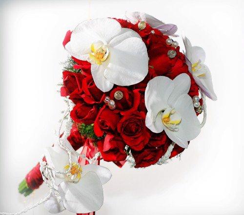 Hoa cầm tay cô dâu tại quận 1