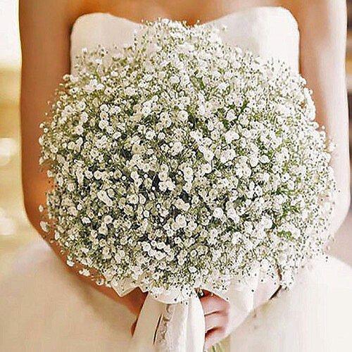 Bán hoa cầm tay cô dâu