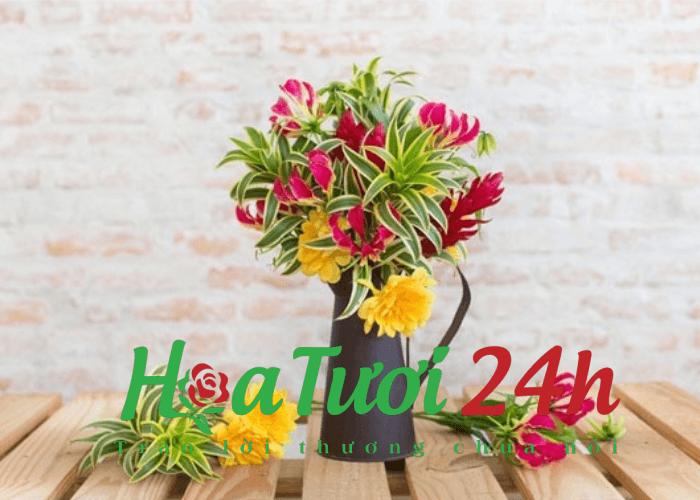 Làm cách nào để giữ được hoa cắm trong bình tươi lâu