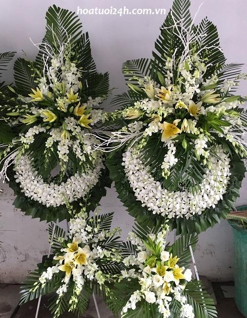 Chọn hoa tang lễ phù hợp