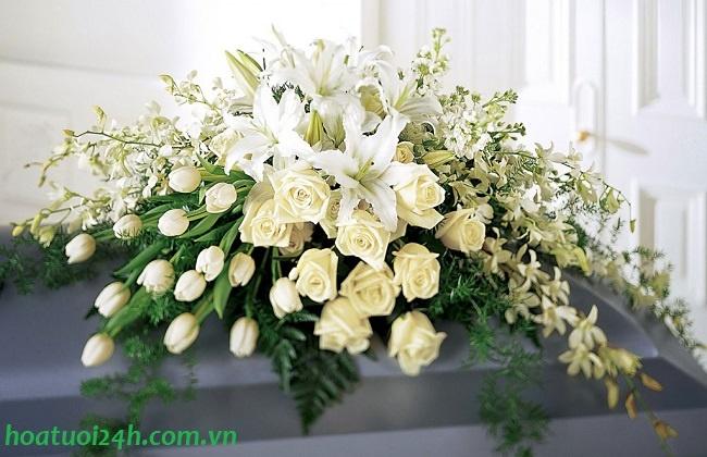 Chọn hoa tang lễ phù hợp 1