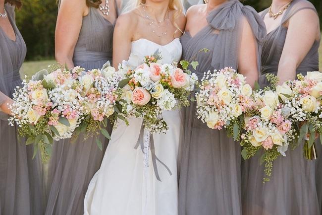 Phối màu hoa cầm tay cô dâu 3