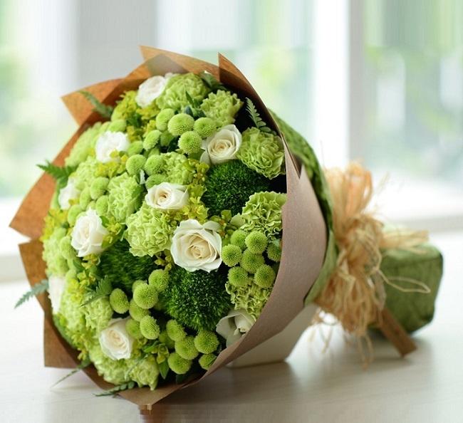 Chọn hoa tươi mừng sinh nhật cho nam giới hợp phong thủy