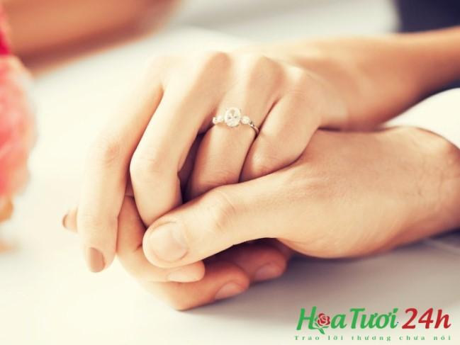 cầu hôn tặng hoa gì 1