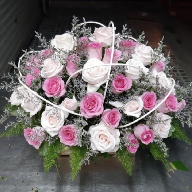 Kinh nghiệm chọn giỏ hoa tươi làm quà tặng tại TPHCM