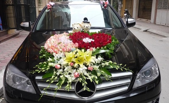 giữ xe hoa luôn đẹp khi đón dâu xa 2