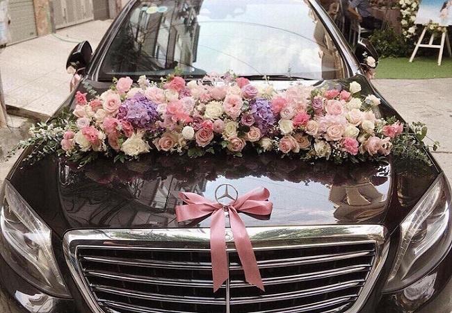 giữ xe hoa luôn đẹp khi đón dâu xa