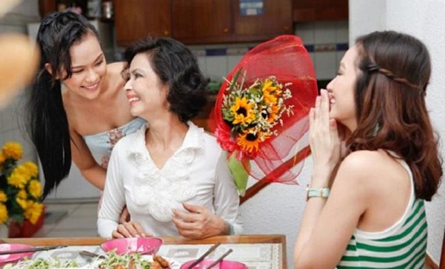 Chọn hoa gì để tặng sinh nhật bố để bộc lộ tình cảm chân thành?