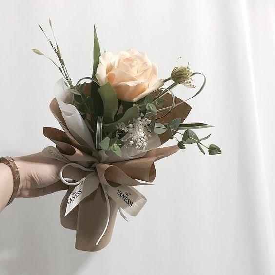 tặng hoa cho bạn gái bao nhiêu bông