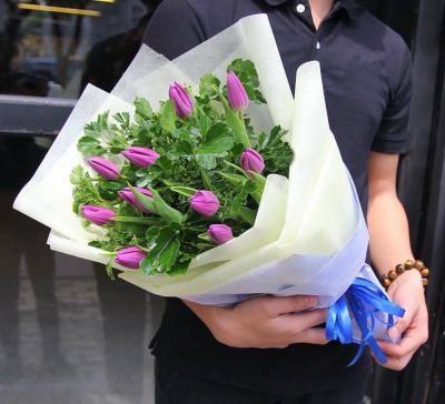 tặng hoa sinh nhật cho người mệnh Mộc
