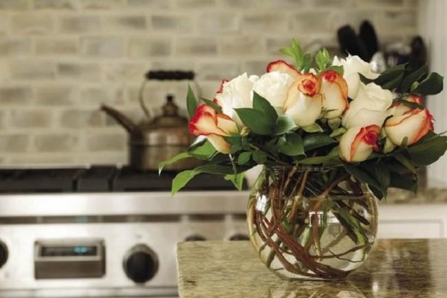 những mẫu hoa để bàn họp đẹp trong các cuộc hội nghị